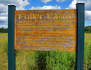 Fuller Farm sign
