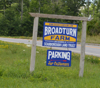 Broadturn Farm sign
