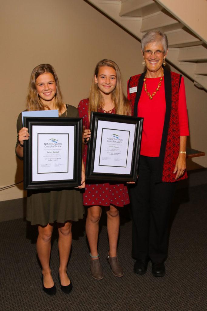 People's Choice Award winners Lainey Randall and Addie Farmer