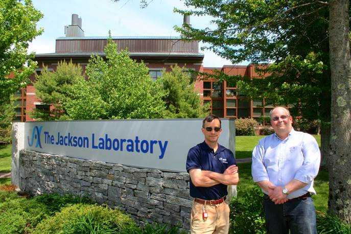 Jackson Laboratory 's David Kuchta and Norm Burdzel oversaw the Lab's installation of a state-of-the-art wood pellet-fired steam power plant that provides both heat and power to the Lab campus while cutting electricity costs and oil use.