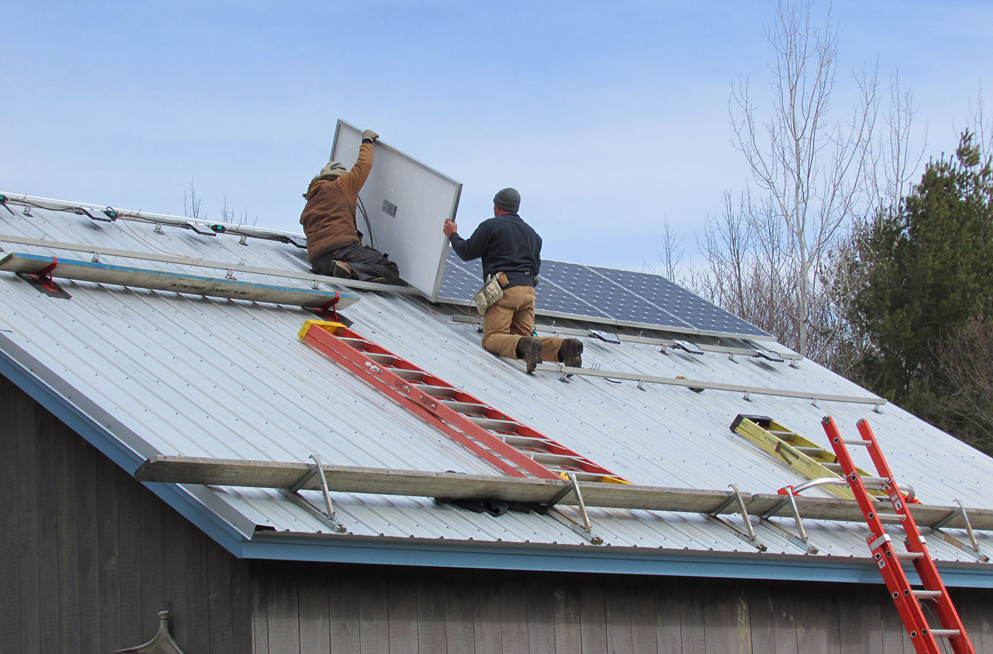 solar installers in Freedom, Maine