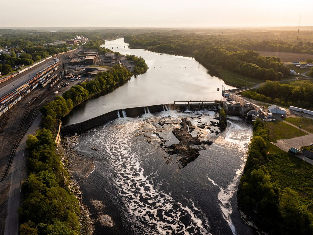 dam on Kennebec River