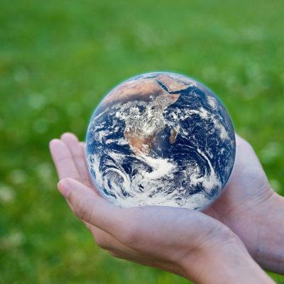 Earth-in-Hands